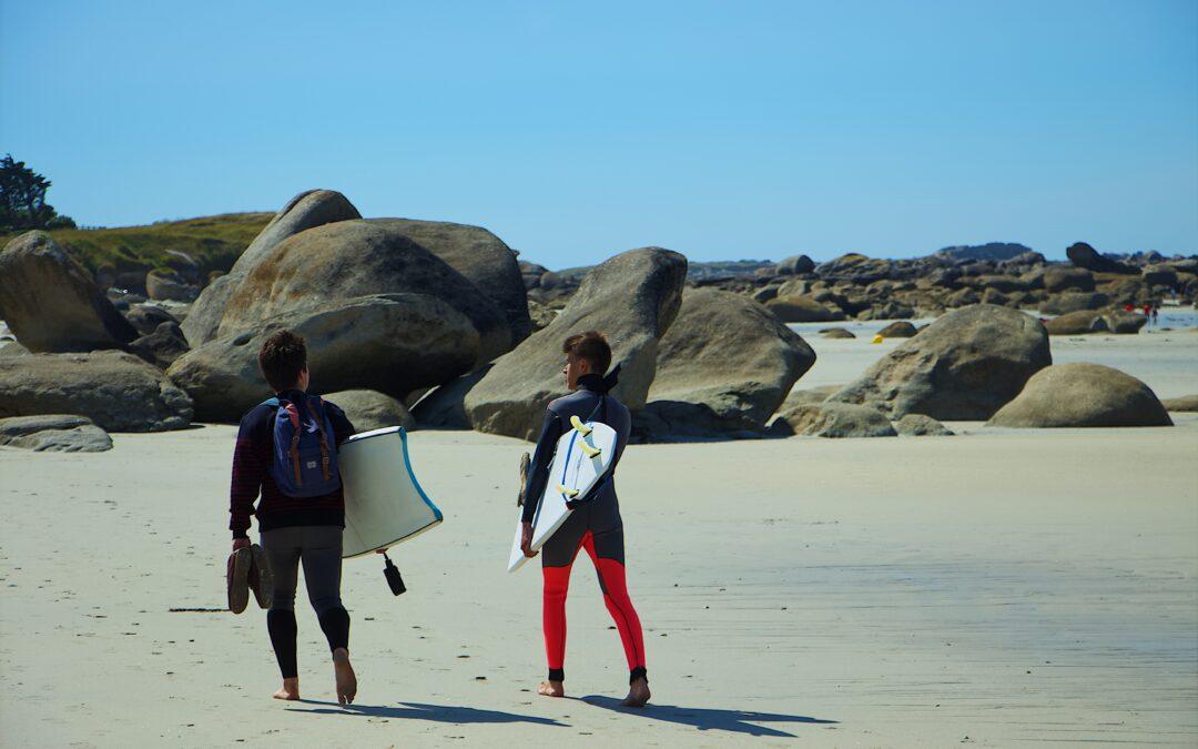 Bodyboard sur la plage de Topim à Mindelo