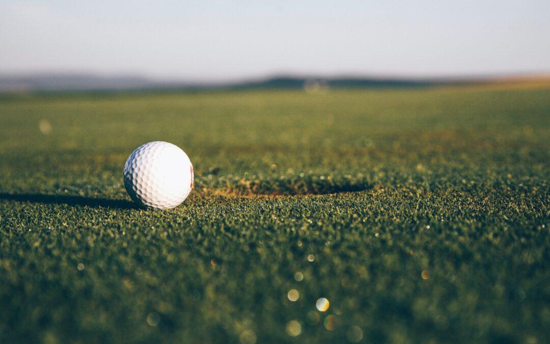 Pratiquer le golf route de calhau à Mindelo